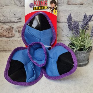 Kong Hide N Treat, Clam, Tugg E Nuff clam, Tugenuff clam, Clam dog toy, training toy, hide and treat