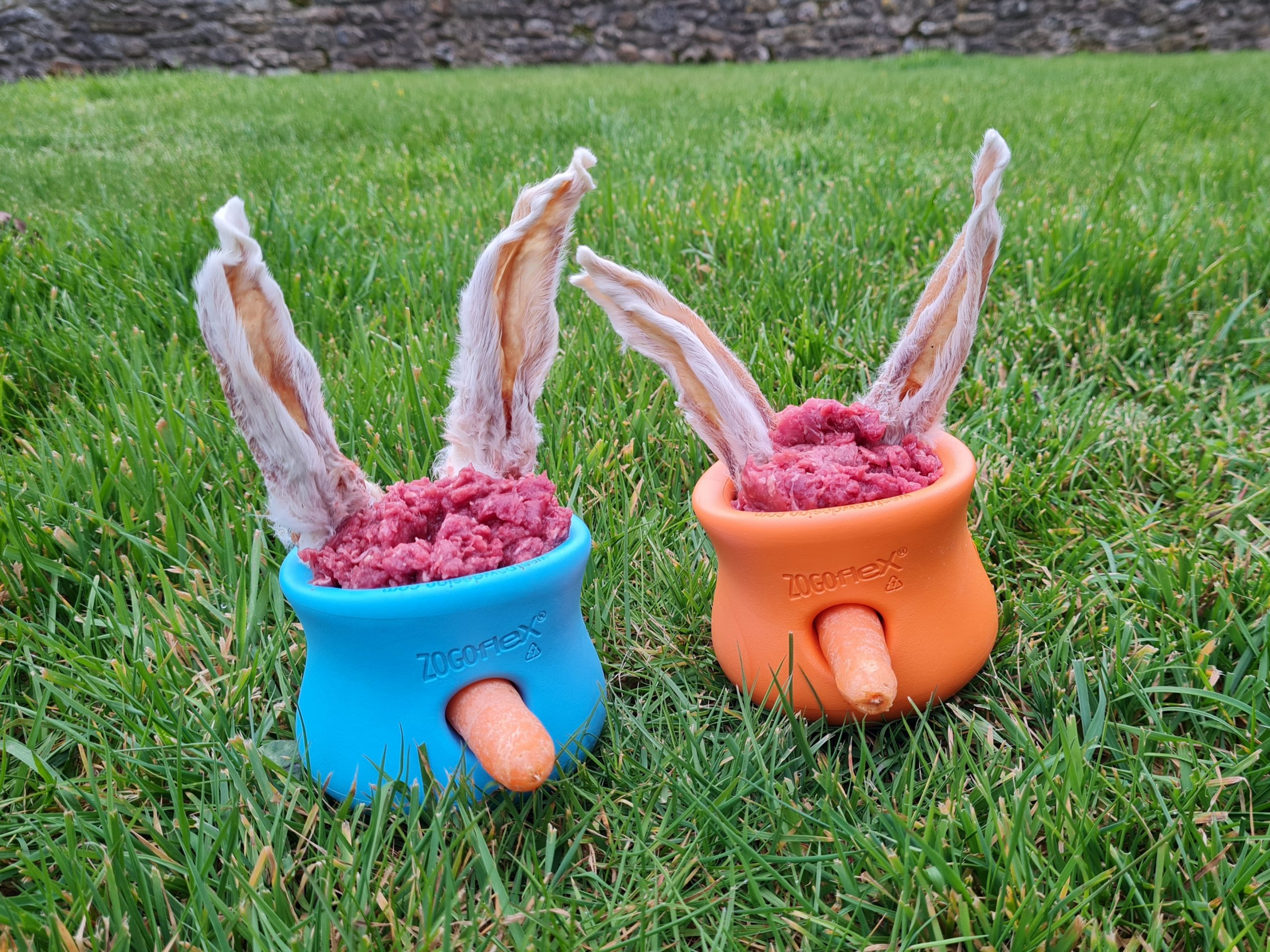 West paw Toppl, Toppl, Westpaw Toppl, dog enrichment, slow feeders for raw dog food, dog enrichment ideas