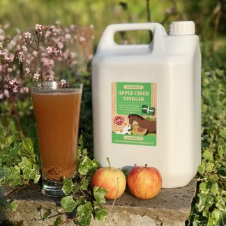 Cider vinegar for animals, Cider vinegar for chickens, Cider vinegar for dogs, Cider vinegar for horses