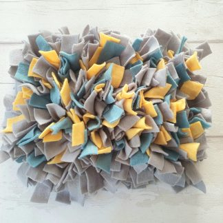Dog snuffle mats, The best snuffle mats, Make your own snuffle mat