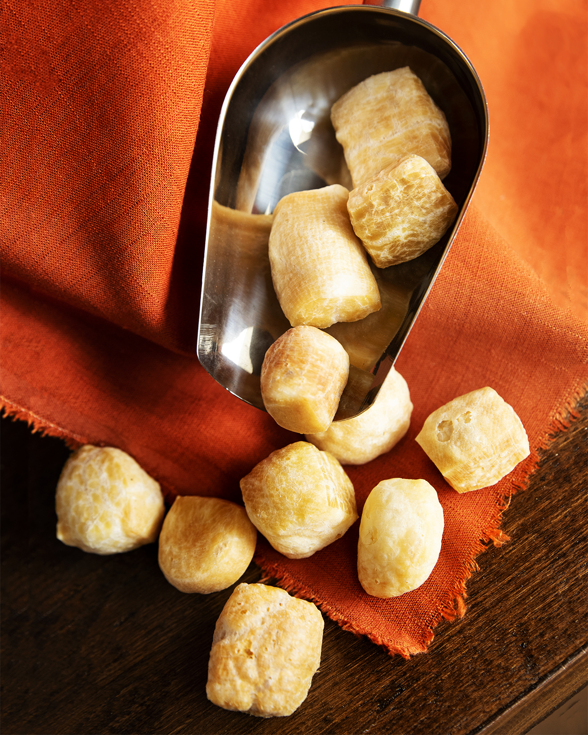 cheese puffs, chews treats for dogs, cheese for dogs, cheese chews for dogs,